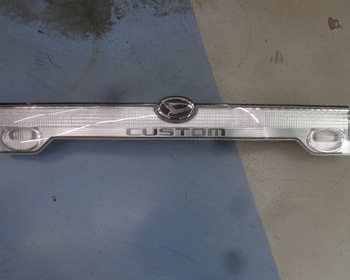 Unknown - Daihatsu Kogyo - Tanto Custom (L350) Genuine Rear Garnish